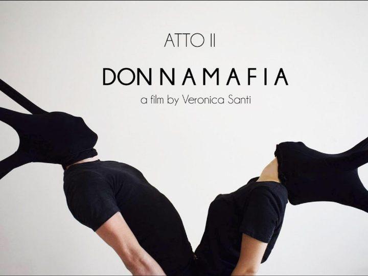 DON N A M A F I A di Veronica Santi