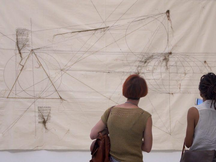"""""""Sulle tracce di Maria Lai"""", un trailer inedito del documentario di Maddalena Bregani"""